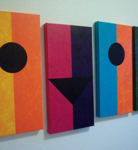 4 bindu paintings w a central point for meditation